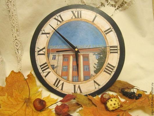 """Персональные подарки ручной работы. Ярмарка Мастеров - ручная работа. Купить Часы на заказ """"Мне дорог этот дом"""". Handmade. Голубой"""