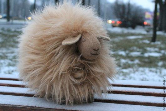 Игрушки животные, ручной работы. Ярмарка Мастеров - ручная работа. Купить Музыкальная овечка шоколадная. Handmade. Коричневый, овца и коза