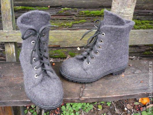 """Обувь ручной работы. Ярмарка Мастеров - ручная работа. Купить Ботинки валяные """"Универсал"""". Handmade. Темно-серый, валенки на подошве"""