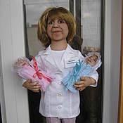 """Куклы и игрушки ручной работы. Ярмарка Мастеров - ручная работа Кукла """"Врач"""" по фото. Handmade."""