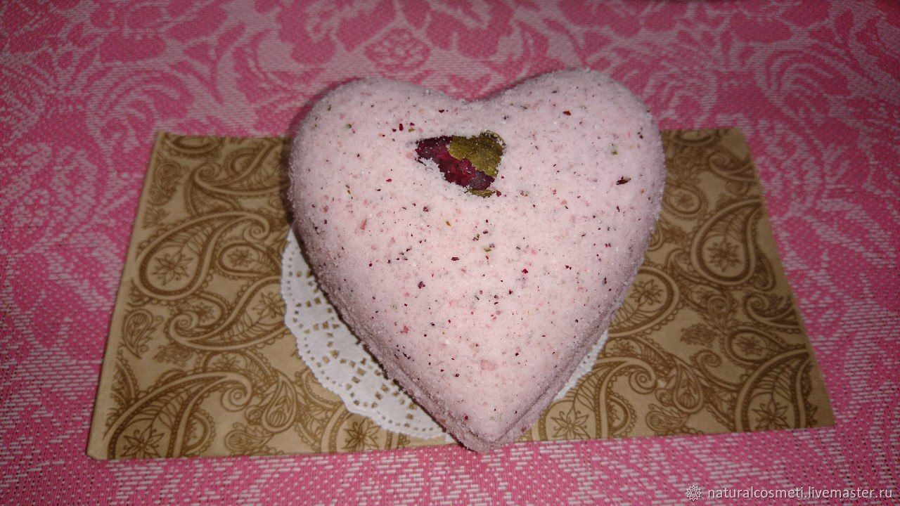Bombs for the bath with Rose petals and Rose oil Damask!