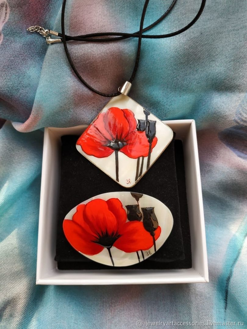 Poppy red, Pendants, Vladimir,  Фото №1