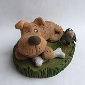 Подарки к праздникам handmade. Livemaster - original item A dinner give to the enemy! Figurines of dogs. Ceramics. Symbol 2018. Handmade.