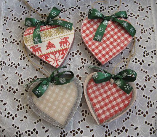"""Подвески ручной работы. Ярмарка Мастеров - ручная работа. Купить Подвески """"Сердечки"""" деревянные. Handmade. Брусничный, елочные игрушки"""