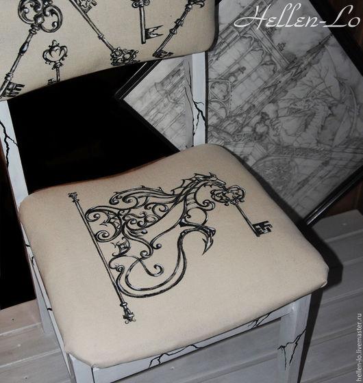 """Мебель ручной работы. Ярмарка Мастеров - ручная работа. Купить Стул """" Ключи от старого замка"""". Handmade. Чёрно-белый"""