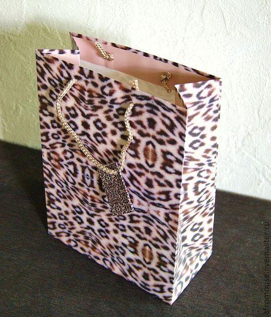 """Упаковка ручной работы. Ярмарка Мастеров - ручная работа. Купить Пакет """" Леопардовый"""". Handmade. Пакет с ручками, бумажный пакет"""