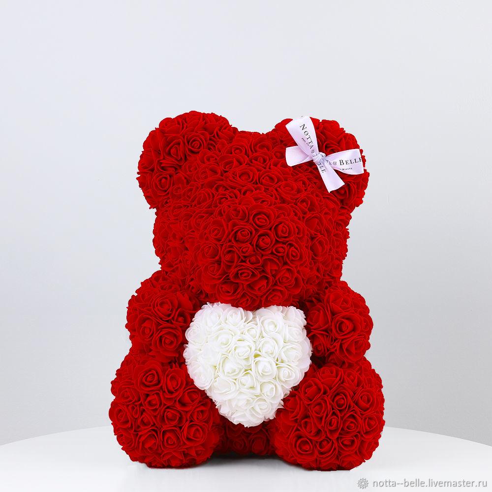 Мишка из роз красный с белым сердцем 35 см, Мишки Тедди, Москва,  Фото №1