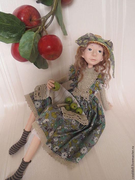 Коллекционные куклы ручной работы. Ярмарка Мастеров - ручная работа. Купить Олеся на даче. Handmade. Салатовый, соломенная шляпа, текстиль