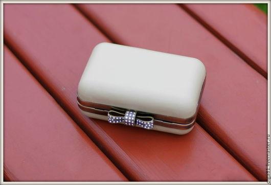 Женские сумки ручной работы. Ярмарка Мастеров - ручная работа. Купить Клатч. Handmade. Белый, розовый цвет, однотонный