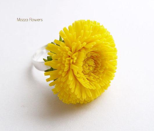 Кольцо с одуванчиком люкс. Цветы из полимерной глины.