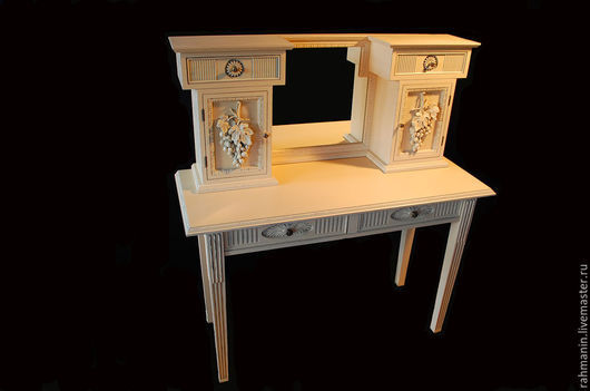 Мебель ручной работы. Ярмарка Мастеров - ручная работа. Купить Туалетный столик. Handmade. Бежевый, винтаж, сосна