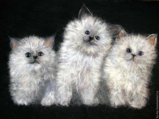 """Животные ручной работы. Ярмарка Мастеров - ручная работа. Купить Картина шерстью """"Три котика"""". Handmade. Серый, котэ"""