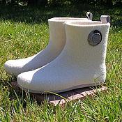 """Обувь ручной работы. Ярмарка Мастеров - ручная работа Домашние валенки """"Для принца на белом коне"""". Handmade."""