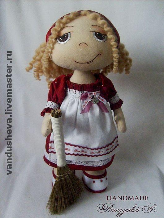 """Человечки ручной работы. Ярмарка Мастеров - ручная работа. Купить Текстильная кукла """"Мамина помощница"""". Handmade. Текстильная кукла"""