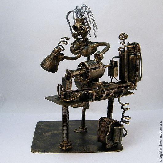 Миниатюрные модели ручной работы. Ярмарка Мастеров - ручная работа. Купить Химик-технолог. Handmade. Скульптурная миниатюра, металл, гайки