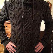 Одежда ручной работы. Ярмарка Мастеров - ручная работа Свитер мужской с косами и капюшоном. Handmade.