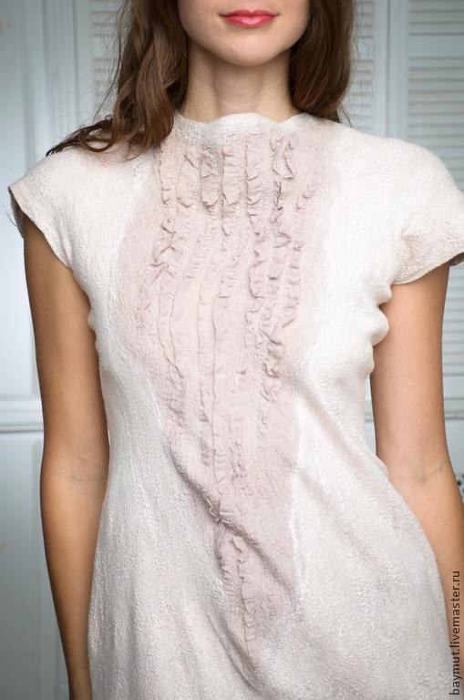 """Платья ручной работы. Ярмарка Мастеров - ручная работа. Купить Валяное длинное платье """"Сappuccino"""". Handmade. Бежевый, felted dress"""