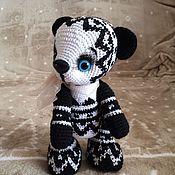 Куклы и игрушки ручной работы. Ярмарка Мастеров - ручная работа Мишка панда вязаный.. Handmade.