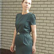 Одежда ручной работы. Ярмарка Мастеров - ручная работа Платье футляр бутылочного цвета / платье женское с поясом. Handmade.