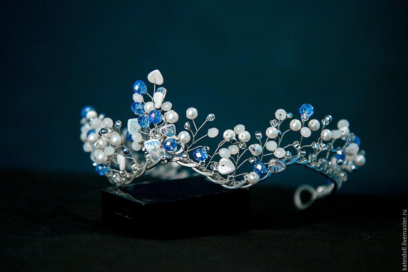 Crown \