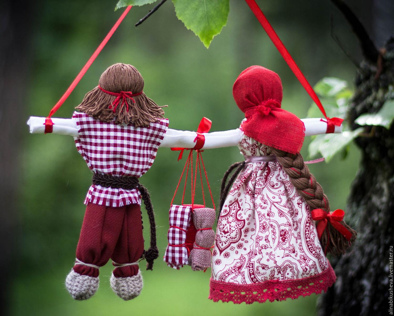 этой картинки куклы обереги первом случае
