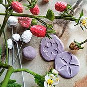 Материалы для творчества ручной работы. Ярмарка Мастеров - ручная работа Молд для лепки ягод земляники из легкой глины без запекания. Handmade.