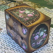 Для дома и интерьера ручной работы. Ярмарка Мастеров - ручная работа Комод мини -  Фреска с цветами  - Старинная шкатулка. Handmade.