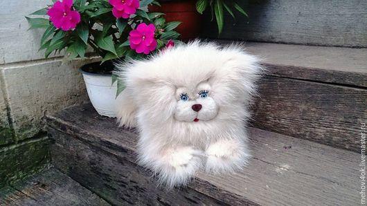 """Куклы и игрушки ручной работы. Ярмарка Мастеров - ручная работа. Купить Игрушка-подушка из натурального меха """"Кошка Зефирка"""", кот,. Handmade."""