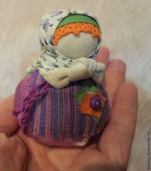 Народные куклы ручной работы. Ярмарка Мастеров - ручная работа. Купить Благополучница. Куколка оберег.. Handmade. Сиреневый, подарок