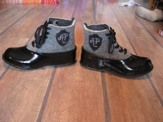 """Обувь ручной работы. Ярмарка Мастеров - ручная работа. Купить БОТИНКИ С ГАЛОШАМИ """"НОСТАЛЬЖИ"""". Handmade. Обувь, войлочная обувь"""