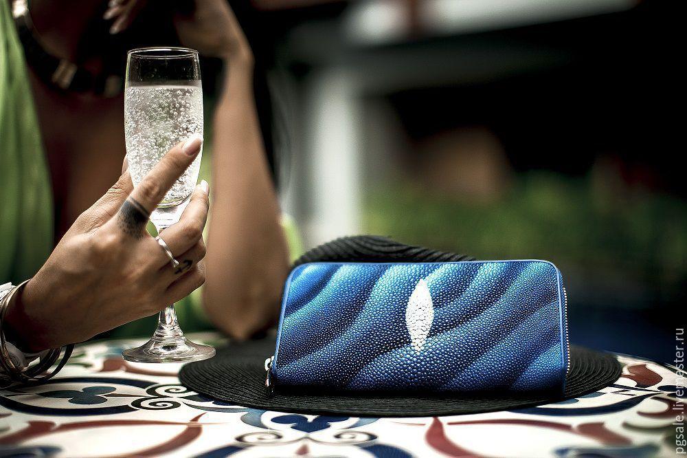 Wallet Stingray. Stingray leather. Purse zipper. Blue wallet. Wallet with print. Bright wallet. Gifts for women. women's wallet. Wallet as a gift. Buy a purse. Purse-clutch zipper