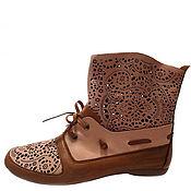 Обувь ручной работы. Ярмарка Мастеров - ручная работа Карамельно-кремовые боты. Handmade.