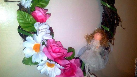 Подарки для влюбленных ручной работы. Ярмарка Мастеров - ручная работа. Купить Венок с ангелом. Handmade. Бледно-розовый, цветы, Пасха