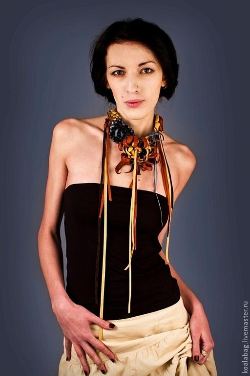 """Колье, бусы ручной работы. Ярмарка Мастеров - ручная работа. Купить украшение на шею или голову """"Цветы"""". Handmade."""