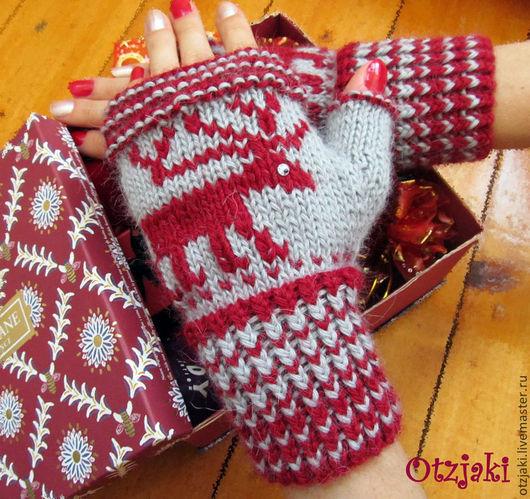 """Варежки, митенки, перчатки ручной работы. Ярмарка Мастеров - ручная работа. Купить Митенки """"Рождественские олени"""". Handmade. Серый, митенки"""