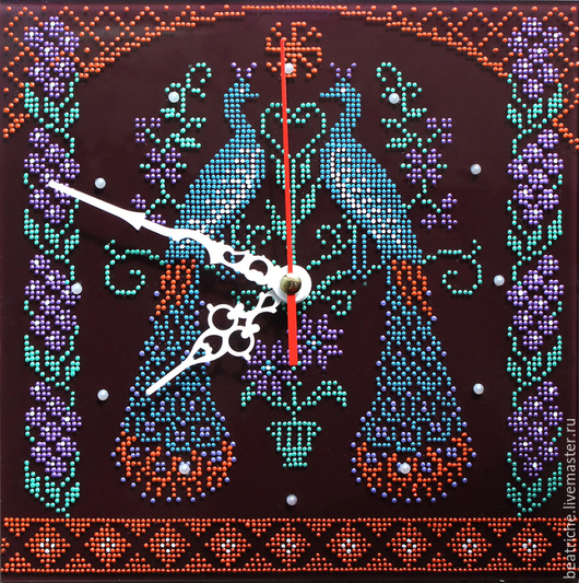 Часы для дома ручной работы. Ярмарка Мастеров - ручная работа. Купить Часы- оберег для семейного благополучия. Handmade. Разноцветный