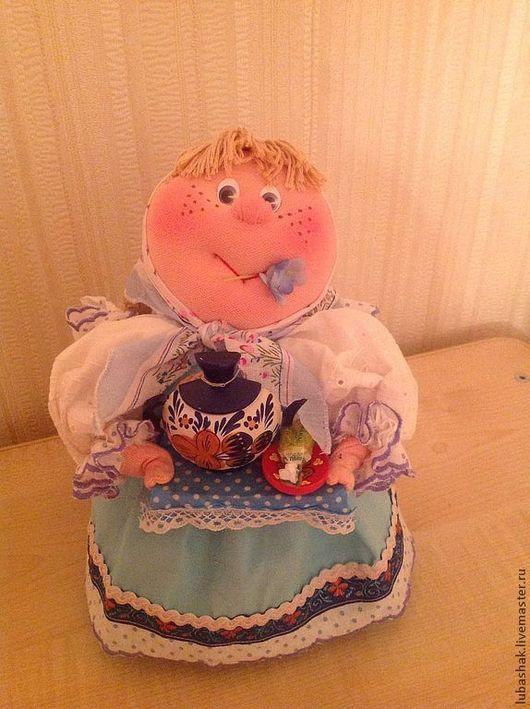 Любаша ждет гостей \r\nОберег хозяюшка, оберегает уют и комфорт в доме\r\nКукла продана, возможна на заказ Авторская текстильная кукла ручной работы