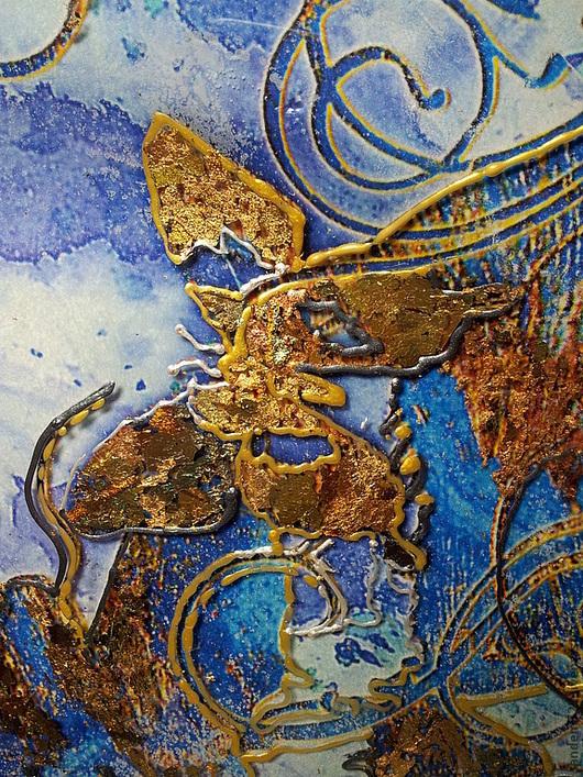 Большая декоративная тарелка декупаж  Бабочки в золотом прекрасный подарок на любой случай и 8 марта персональный подарок свекрови,бабушке,маме, замечательный декор интерьера гостиной ручной работы.