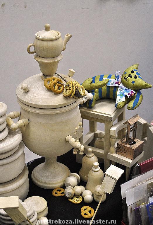 Большой самовар, рост 28 см без чайника, диаметр 12 см, чайник высотой 6,5 см, Внутри можно хранить крупы, чай или сыпучести)), 1200 руб.