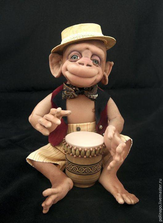 Игрушки животные, ручной работы. Ярмарка Мастеров - ручная работа. Купить Обезьянка барабанщик с бонго. Handmade. Разноцветный, обезьяна, обезьянка