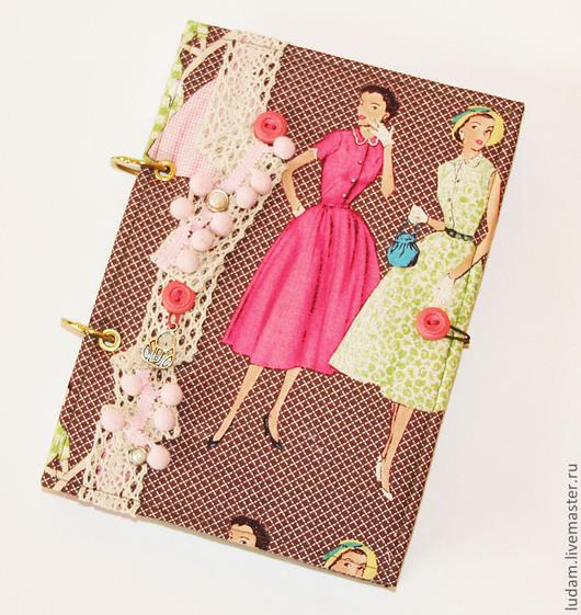 Блокноты ручной работы. Ярмарка Мастеров - ручная работа. Купить Блокнот -ежедневник-мода. Handmade. Розовый, 8 марта подарок