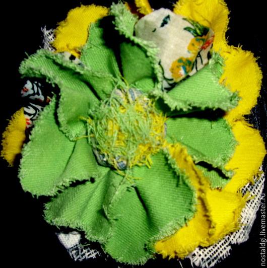 """Броши ручной работы. Ярмарка Мастеров - ручная работа. Купить Брошь  """" Весна """". Handmade. Желтый, Джинсовая ткань"""