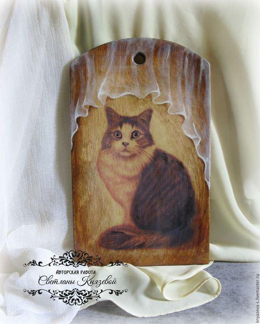 """Кухня ручной работы. Ярмарка Мастеров - ручная работа. Купить Разделочная доска  """" Кошка у окошка"""". Handmade. Подарок"""