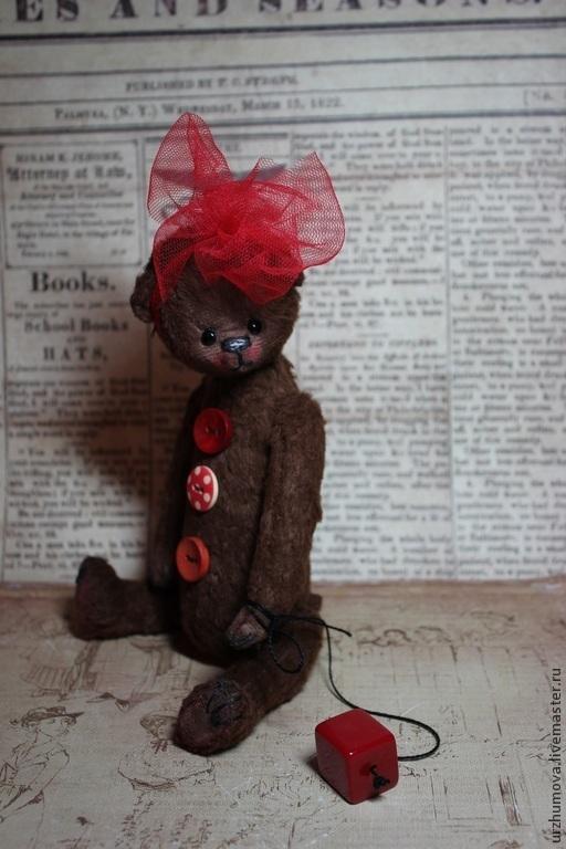 Мишки Тедди ручной работы. Ярмарка Мастеров - ручная работа. Купить КРАСНАЯ ПУГОВКА.... Handmade. Коричневый, медведь