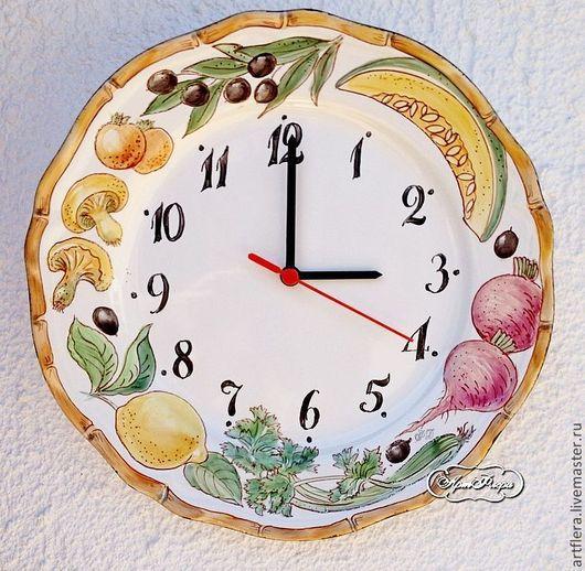 Часы для дома ручной работы. Ярмарка Мастеров - ручная работа. Купить Роспись фарфора Часы Время готовить. Handmade. Часы