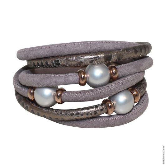 Браслеты ручной работы. Ярмарка Мастеров - ручная работа. Купить Элегантный браслет из итальянской кожи с серебристым перламутром. Handmade.