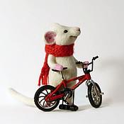 Куклы и игрушки ручной работы. Ярмарка Мастеров - ручная работа Мышонок - велосипедист:). Handmade.