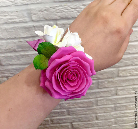 Свадебные украшения ручной работы. Ярмарка Мастеров - ручная работа. Купить Браслет с цветами из полимерной глины. Handmade. браслет с цветочками