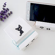 Для дома и интерьера handmade. Livemaster - original item White wooden cat phone stand. Handmade.