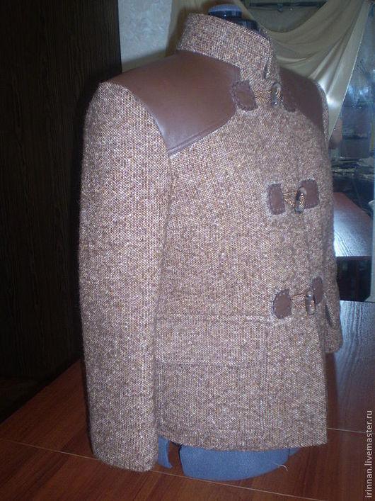 Верхняя одежда ручной работы. Ярмарка Мастеров - ручная работа. Купить Тёплая куртка из натуральных материалов ( скидка. Handmade.